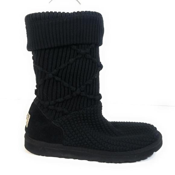 3550bfefa53 UGG 5879 Women Argyle Knit Sweater Boots Size 9